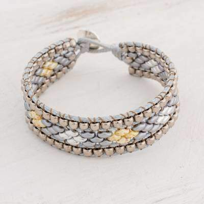 Cobbled Roads Diamond-Motif Glass Beaded Bracelet from Guatemala