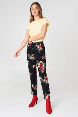 Rut & Circle Rut&Circle Carina Flower Pant Black Combo