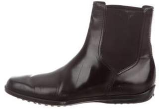 Tod's Round-Toe Ankle Boots Black Round-Toe Ankle Boots