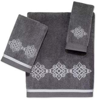 Riverview Bath Towel in Nickel/Silver