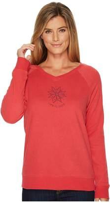 Life is Good Daisy Mandala Go-To Long Vee Women's Long Sleeve Pullover