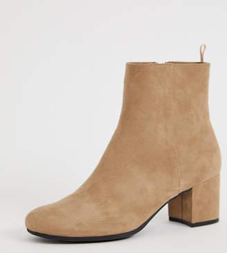 Monki heeled boots in beige