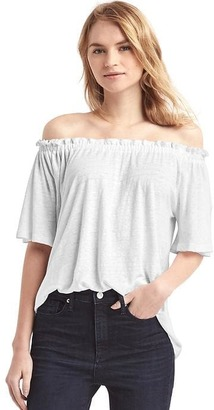 Linen off-shoulder top $29.95 thestylecure.com