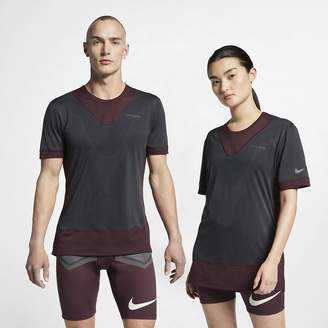 Nike Men's Short-Sleeve Top Gyakusou