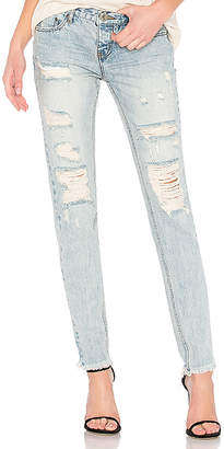 Awesome Baggies High Waist Straight Leg Jean. - size 25 (also in 24,26,27,28,29,30) One Teaspoon