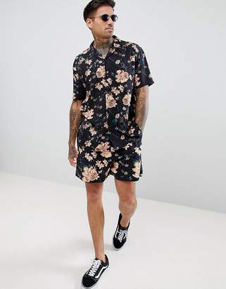 Asos Design DESIGN Co-ord slim shorts with elasticated waistband in dark floral print