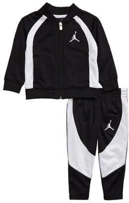 Nike Full Zip Jacket & Sweatpants Set