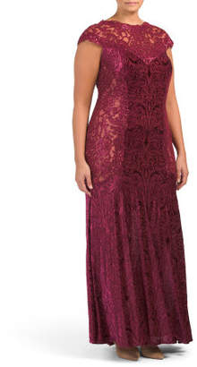Plus Fitted Cap Sleeve Lace Gown