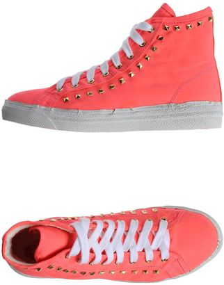 CYCLE Sneakers $108 thestylecure.com