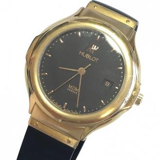MDM yellow gold watch