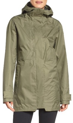 Women's The North Face Lynwood Parka $149 thestylecure.com