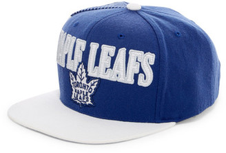 MITCHELL & NESS Maple Leafs Snapback $30 thestylecure.com