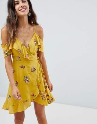 bedf497c6c Yellow Cold Shoulder Dresses - ShopStyle UK
