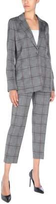 Caractere Women's suits