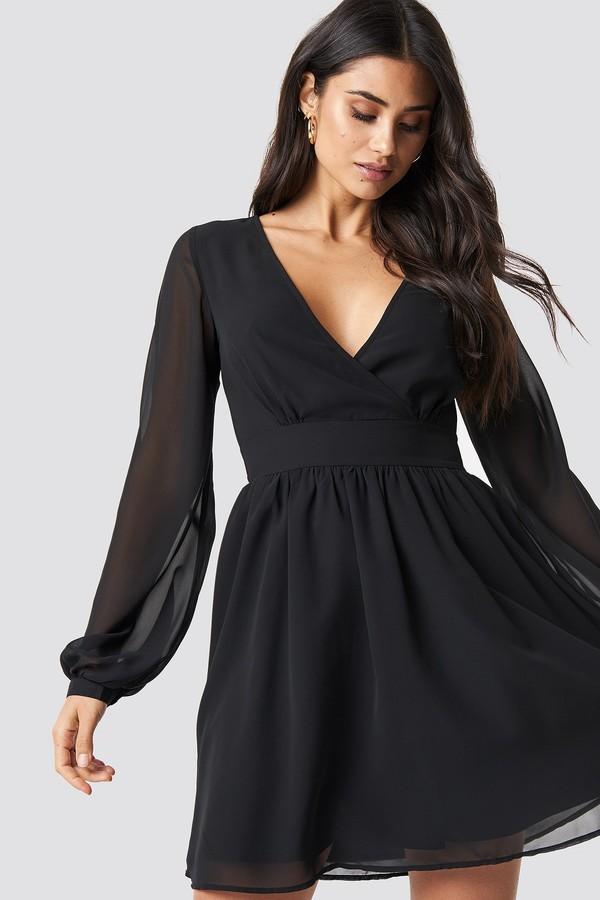 Dilara X NA-KD Front Overlap Mini Dress Black