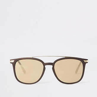 Mens Brown brow bar navigator sunglasses