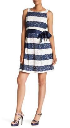 Robbie Bee Scoop Neck Sleeveless Lace Dress