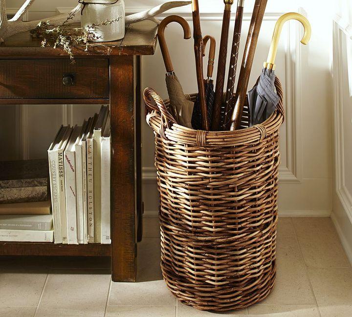 Pottery Barn Chelsea Hamper Basket