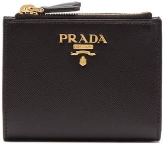 Com Prada Compact Bi Fold Saffiano Leather Wallet