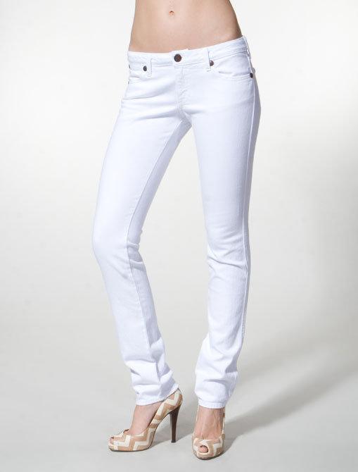Wrangler Lillington Low Rise Straight Leg in Worn In White