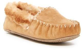 Minnetonka Sofie II Faux Fur Lined Moccasin