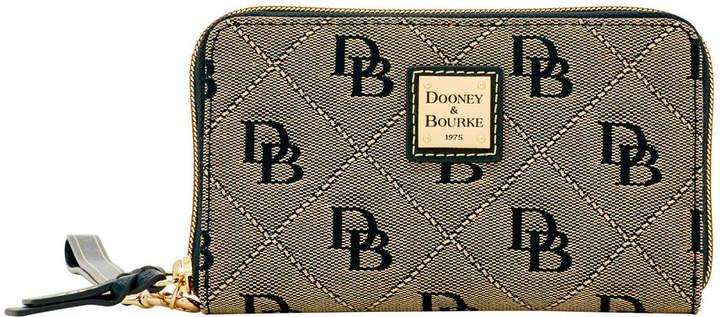 Dooney & Bourke Maxi Quilt Zip Around Phone Wristlet - WHITE MARINE - STYLE
