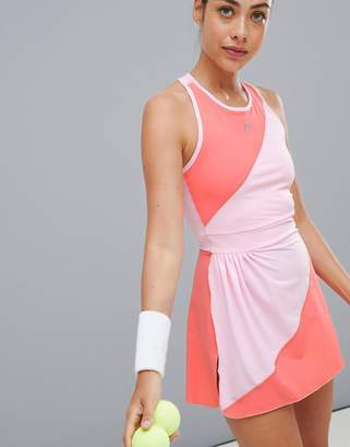 Head performance dress in pink