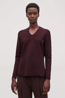 Cos KNITTED TOP WITH SLIT NECK