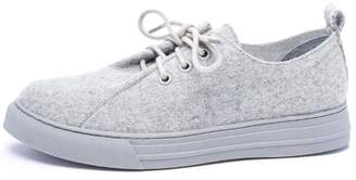 Chinese Laundry Finale Sneaker