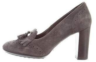 Tod's Brogue Kiltie Pumps