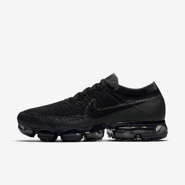 4b00dbbbef Nike VaporMax Flyknit Men's Running Shoe купить на ShopStyle с ...