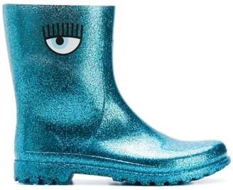 Chiara Ferragni eye rain boots