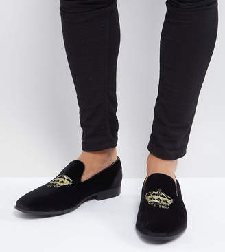 Asos Design DESIGN Wide Fit vegan friendly loafers in black velvet with crown embroidery