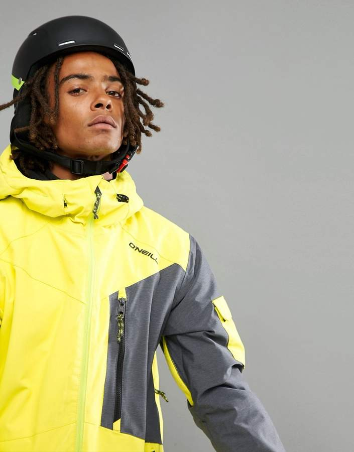 O'Neill Cue Ski Jacket in Neon Yellow
