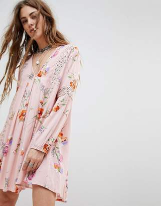 En Creme En Crme Swing Dress In Vintage Floral With Lace Panels