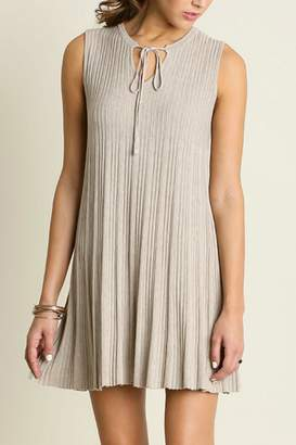 Umgee USA Sleeveless Keyhole Dress