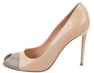 Gianvito Rossi Colorblock Peep-Toe pumps