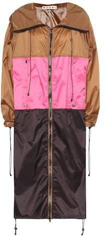 Colorblocked raincoat