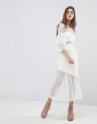 Three floor Midi Dress With Fluted Overlay Sleeve