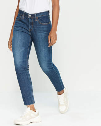 Levi's Tapered Jeans