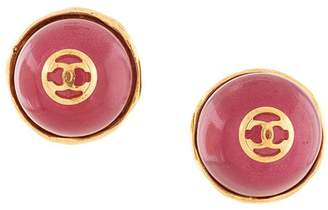 Chanel Pre-Owned CC logo stamp button earrings