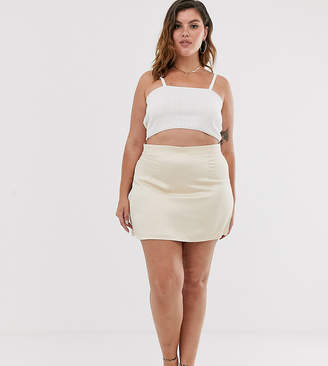 In The Style Plus In The Style x Fashion Influx Plus satin mini skirt in cream