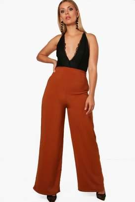 boohoo Plus Woven Wide Leg Trouser