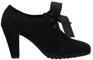 Maria Cristina Lace-up shoe