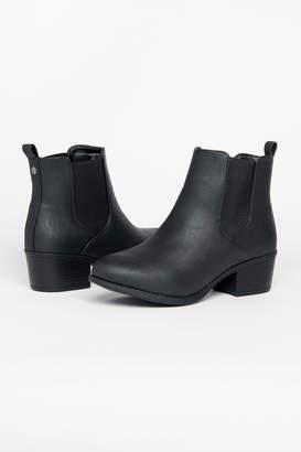 Ardene Classic Chelsea boots
