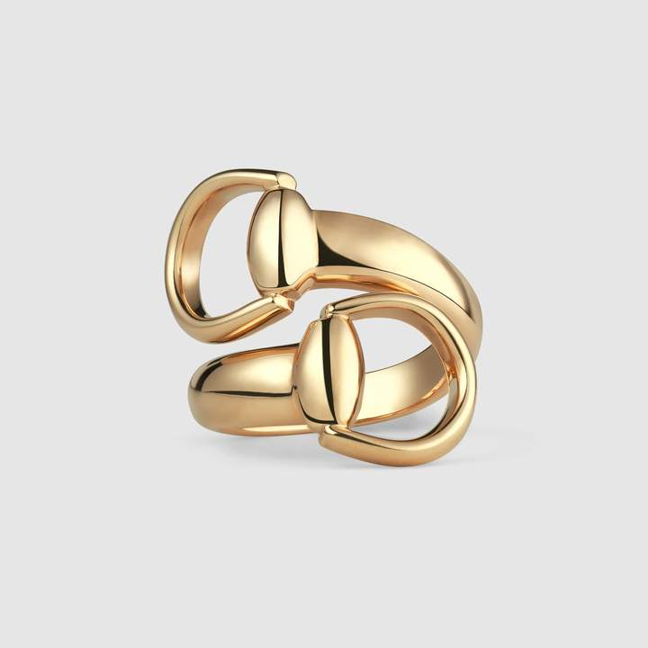 Horsebit ring in yellow gold