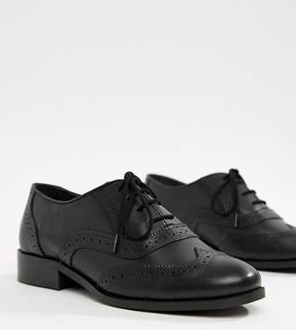 b118134cc0af1 Leather Round Toe Lace Up Brogue Shoes - ShopStyle UK