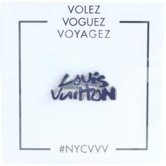 Louis Vuitton Pin & brooche