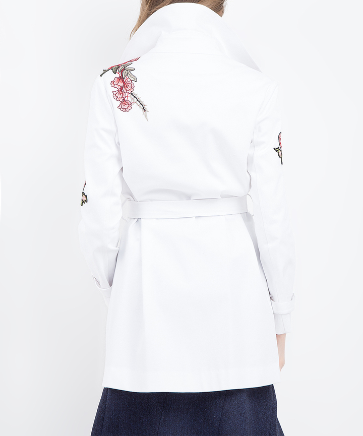 BGNDove White Floral-Embroidered Trench Coat