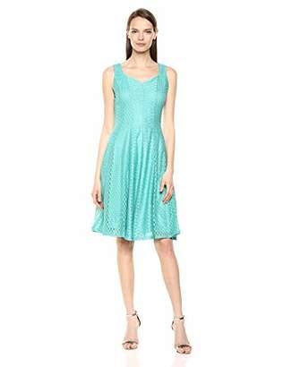 Gabby Skye Women's Sleeveless Sweetheart Neck Rose Lace Dress